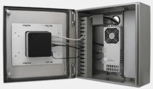 Der Intel NUC in einem Thin Client-Gehäuse von Hope Industrial montiert