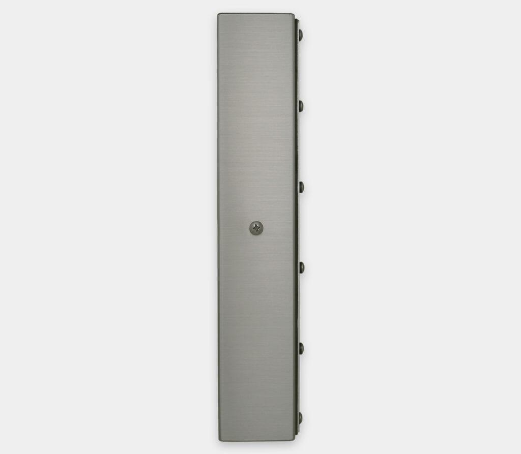 22-Zoll-Breitbild-Industriemonitore mit Universalhalterung und robuste Touchscreens der Schutzart IP65/IP66, Seitenansicht