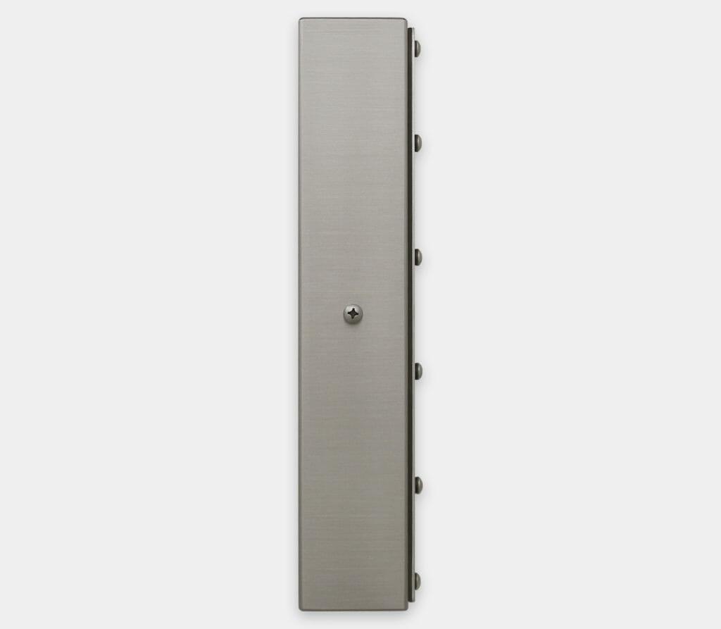 23-Zoll-Breitbild-Industriemonitore mit Universalhalterung und robuste Touchscreens der Schutzart IP65/IP66, Seitenansicht